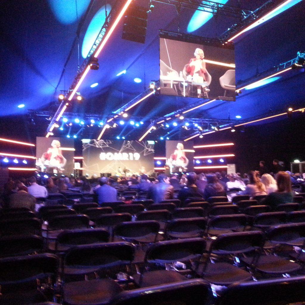 Eine der drei großen Bühnen
